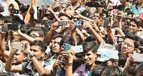 Fight for scholarship against Centre: Mamata to students