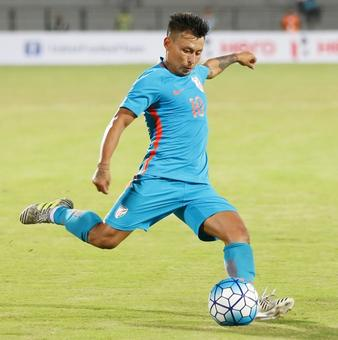 Tri-nation football: India win tourney