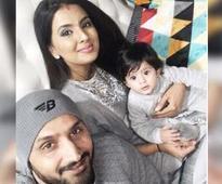Harbhajan, Geeta Basra celebrate daughter's first Lohri
