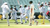 Australia v South Africa Test series: Nathan Lyon and Stephen Cook show new boys how it's done