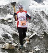 Hill runner in China marathon