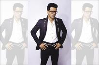 I would like to play Om Puriji in a movie: Manoj Bajpayee