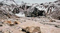 Large chunk of ice falls off Gaumukh; scientists alarmed at extent of collapse