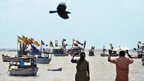 Pakistan captures 36 Indian fishermen, seizes 6 boats off Gujarat coast