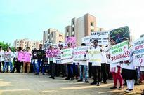 Floodgate of protest opens at AIIMS