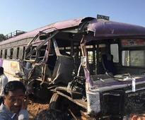 Truck hits bus on highway in Mumbai, 3 dead,...