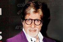 Amitabh Bachchan shoots with real-life boxers