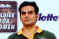 'Handsome' Aayush wants to act, says Arbaaz Khan