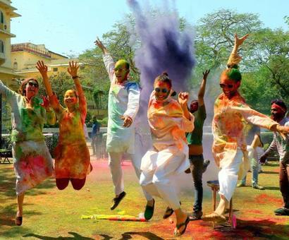 PHOTOS: Country celebrates festival of colours