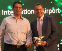 Buffalo Niagara International Airport celebrates Route of the Week win for LAX connection