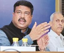 Govt to appoint 10,000 new LPG distributors this year