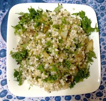 Breakfast recipe: How to make Sabudana Khichdi