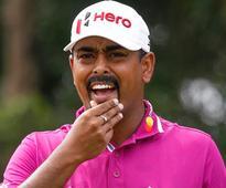 Lahiri shoots 67, vaults to 7th at Genesis Open on PGA