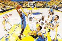 Champs Warriors bounce back in style  GSW even West finals behind Curry surge