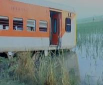Several injured as Kaifiyat Express derails in Uttar Pradesh