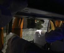 Rock thrown at Australia's team bus, tweets Finch