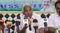 Oommen Chandy criticises CM's intolerance towards media