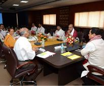 Sonowal cabinet gets cracking, decides to abolish inter-state check gates