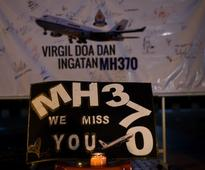 Families of victims of MH370 plead to resume search