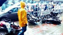 Mumbai: Dalit protestors vandalise shops in Dadar after Ambedkar memorial demolition