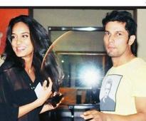 Randeep Hooda gets a model sepoy