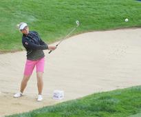 Henderson grabs early lead at Women's PGA Championship