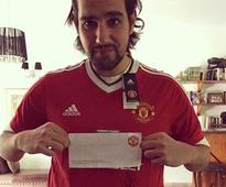 Manchester United send signed jersey to Pakistan man tortured by Taliban for 5 years