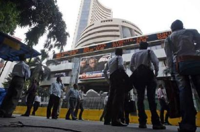 Sensex ends higher for 5th day in volatile trade