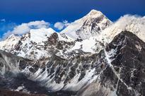 Third climber in three days dies on Mount Everest