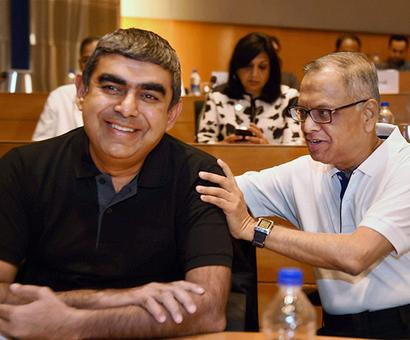 Infy CEO Vishal Sikka gets thumbs-up from investors