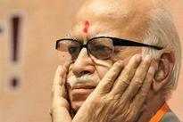Babri demolition: Hindu Mahasabha to file case against Advani for razing temple