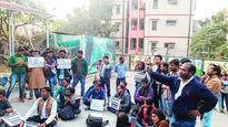 Delhi stir over CNT changes