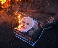 Those who get close to Pakistan become irrelevant in politics, Shiv Sena warns Modi