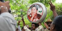 How Jayalalithaa Won The Hearts Of Apollo Hospital Staff In Chennai During Her Last Days