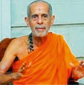 Udupi: Pejavar Swamiji condemns murder attempt on DC