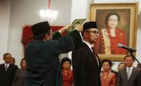 Chatib Basri installed as new Finance Minister