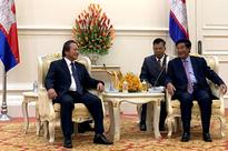 Prime Minister of Cambodia Samdech Hun Sen receives the high-level delegation of Ministry of Information and Communications of Vietnam 5 days ago