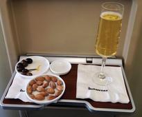Sydney-Los Angeles first class comparo: Qantas vs American Airlines