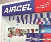 Aircel services hit in Tamil Nadu, customers line up to port number