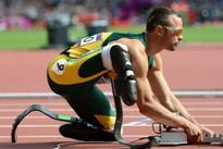 Pistorius not to compete in 2013 as he awaits trial