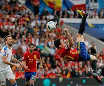 Dominant Italy down Belgium 2-0 in Euro 2016