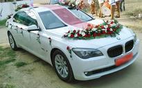 Families opt for rental luxury cars this wedding season