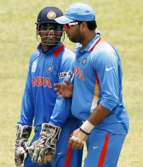 Time to take a call on Dhoni and Yuvraj's ODI future, says Dravid