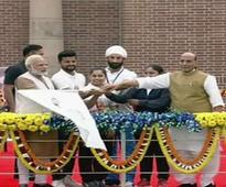 PM flags off 'Run for Unity' to mark Sardar Patel anniv