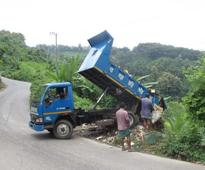 Mindless waste dumping on Alutila Hills slope