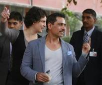 Robert Vadra takes a jab at Kejriwal, then wishes him 'all the best'
