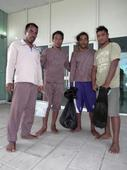 Pacific castaways survive 4 weeks adrift