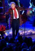Rod Stewart adds more shows to Las Vegas residency
