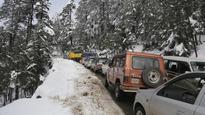 Heavy rain, snow keeps Jammu-Srinagar highway closed for 3rd day
