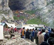 Fresh batch of yatris leave Jammu base camp